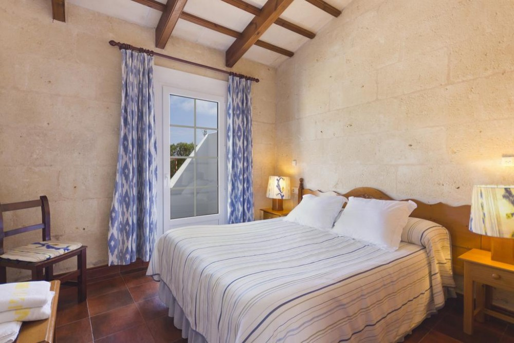 Agriturismo Biniatram, accommodation in a cottage in Menorca