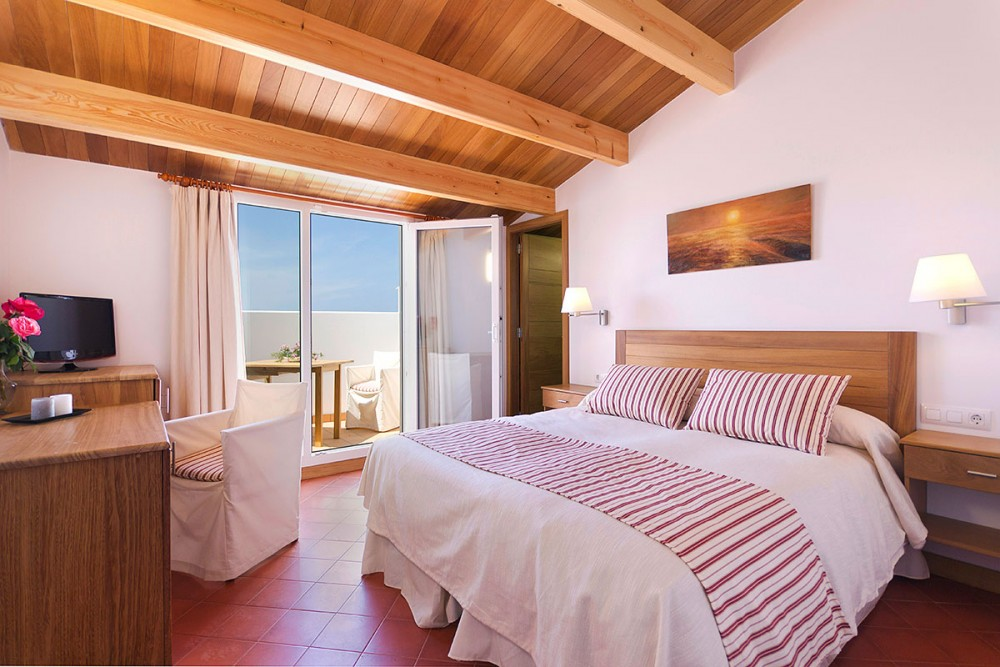 Double room in a cottage in Menorca